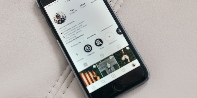 Create highlights with Instagram Story Archive