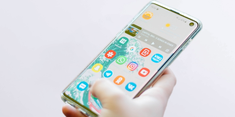 Apps on mobile phone